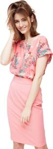 Różowa sukienka ECHO z krótkim rękawem midi z okrągłym dekoltem