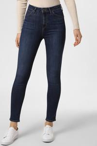 Niebieskie jeansy Lee w street stylu