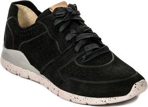 Sneakersy UGG Australia sznurowane z nubuku w sportowym stylu