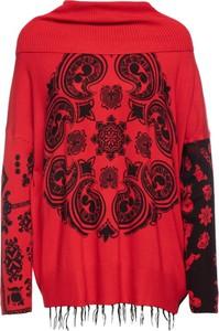 Czerwony sweter Desigual