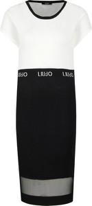 Sukienka Liu-Jo prosta z krótkim rękawem