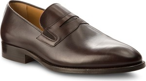 Półbuty TOMMY HILFIGER – Classic Tailored Loafer FM0FM01541 Coffee Bean 212