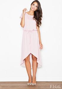 Różowa sukienka Figl z krótkim rękawem asymetryczna z okrągłym dekoltem