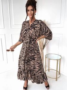 Brązowa sukienka Versada w stylu casual maxi