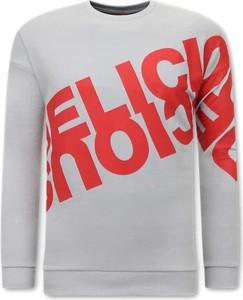 Sweter TONY BACKER w młodzieżowym stylu