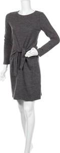 Sukienka Chicoree w stylu casual z okrągłym dekoltem mini