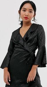 Czarna sukienka Outrageous Fortune Petite