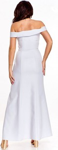 Sukienka Nubile maxi z dekoltem w kształcie litery v