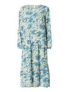 Sukienka NA-KD z szyfonu z długim rękawem w stylu casual