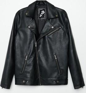 Czarna kurtka Cropp ze skóry w młodzieżowym stylu krótka