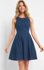 Niebieska sukienka ORSAY mini z okrągłym dekoltem