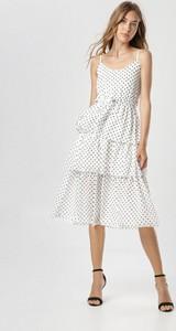 Sukienka born2be z okrągłym dekoltem na ramiączkach