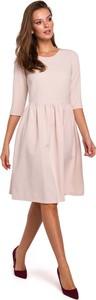 Sukienka Makeover z okrągłym dekoltem