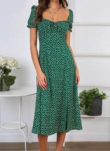 Zielona sukienka Arilook midi z dekoltem w kształcie litery v z krótkim rękawem