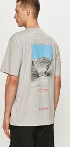 T-shirt Caterpillar z krótkim rękawem w młodzieżowym stylu z nadrukiem