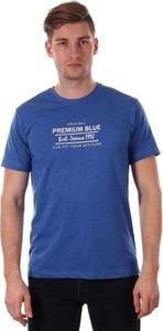 Granatowy t-shirt Just yuppi w młodzieżowym stylu