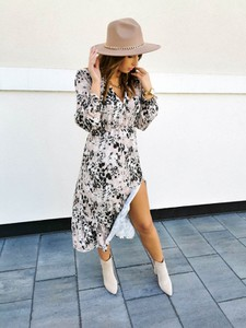 Sukienka Perfe.pl z długim rękawem maxi w stylu casual