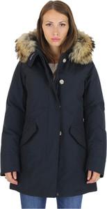 Granatowy płaszcz Woolrich w stylu casual