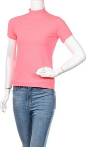 Różowa bluzka Sister'S Point z krótkim rękawem z golfem