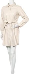 Sukienka Pieces w stylu casual z kołnierzykiem z długim rękawem