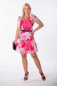 Różowa sukienka Ptakmoda.com z szyfonu z okrągłym dekoltem z krótkim rękawem