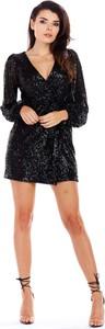 Czarna sukienka Awama z długim rękawem