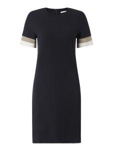 Granatowa sukienka Hugo Boss z okrągłym dekoltem mini prosta
