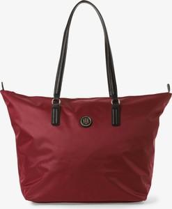 Czerwona torebka Tommy Hilfiger duża na ramię w stylu casual