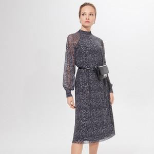 Granatowa sukienka Mohito z długim rękawem