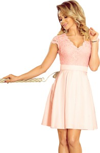 Różowa sukienka NUMOCO mini z krótkim rękawem rozkloszowana