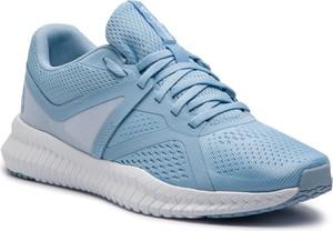 Buty sportowe Reebok sznurowane w sportowym stylu z płaską podeszwą