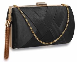 Czarna torebka Wielka Brytania w stylu glamour
