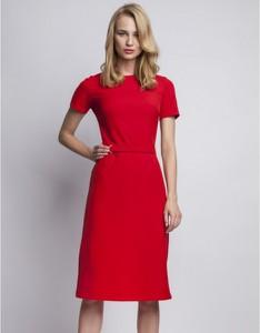 Czerwona sukienka Lanti z krótkim rękawem