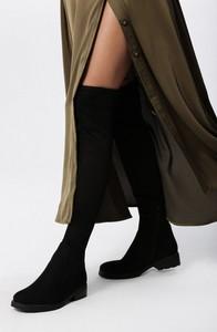 Kozaki born2be w stylu casual za kolano z płaską podeszwą