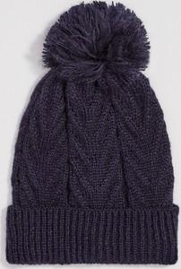 Granatowa czapka Sinsay