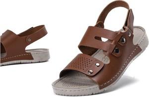 f34ceb6f Brązowe sandały Royalfashion.pl z klamrami w stylu casual z płaską podeszwą