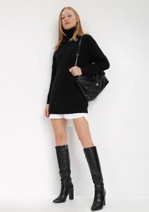 Czarna bluzka born2be z długim rękawem w stylu casual