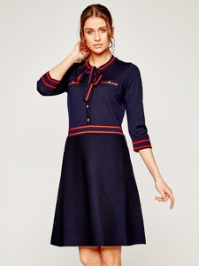 Granatowa sukienka Luisa Spagnoli w stylu casual z długim rękawem