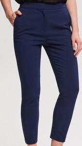 Granatowe spodnie Reserved w stylu casual