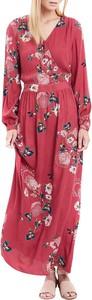 Czerwona sukienka Vila maxi z dekoltem w kształcie litery v