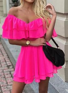 Różowa sukienka Cikelly dopasowana hiszpanka mini