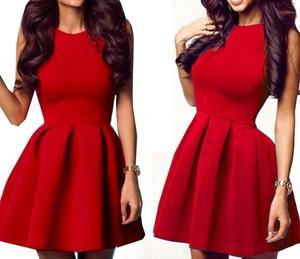 Czerwona sukienka Estera z okrągłym dekoltem mini