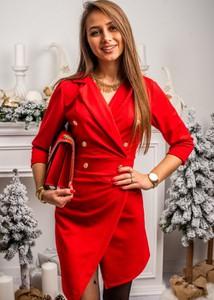 Czerwona sukienka Fason z długim rękawem