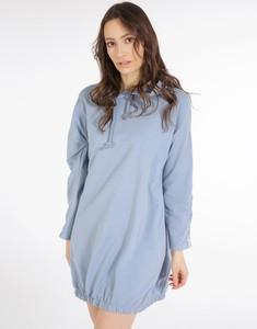 Niebieska sukienka Unisono w stylu casual z bawełny