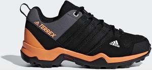 Czarne buty trekkingowe Adidas z płaską podeszwą