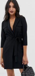 Czarna sukienka Asos z dekoltem w kształcie litery v mini