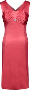 Czerwona sukienka Fokus w stylu glamour z dekoltem w kształcie litery v midi