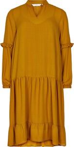 Żółta sukienka Numph w stylu casual