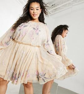 Różowa sukienka Asos mini z długim rękawem