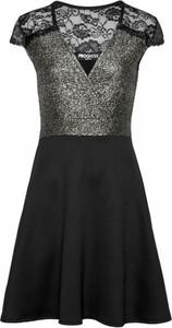 Czarna sukienka Melrose mini w stylu glamour z dżerseju